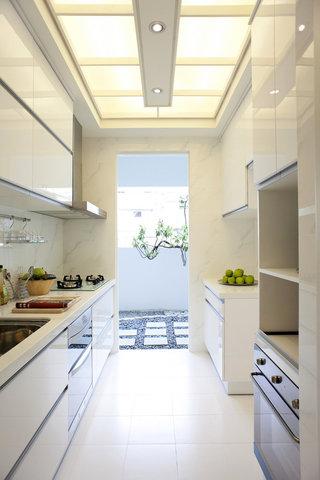 清新时尚现代厨房吊顶设计图