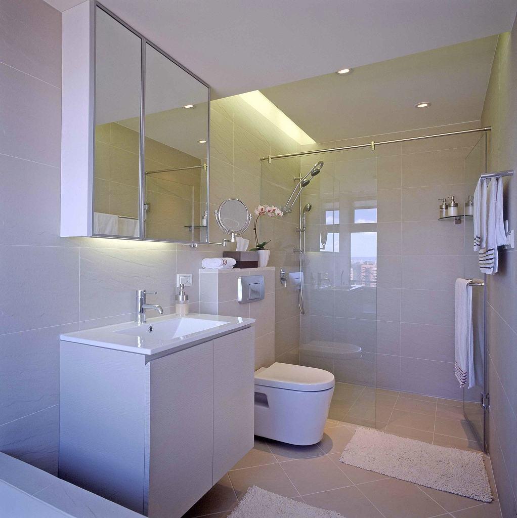 简约风格三室两厅卫生间效果图