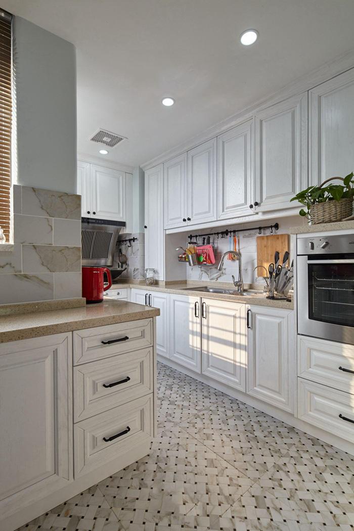 大气复古美式厨房白色橱柜效果图大全
