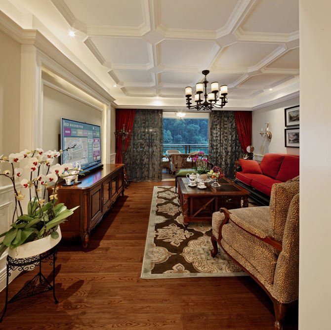 古朴美式风格三居客厅吊顶装饰图