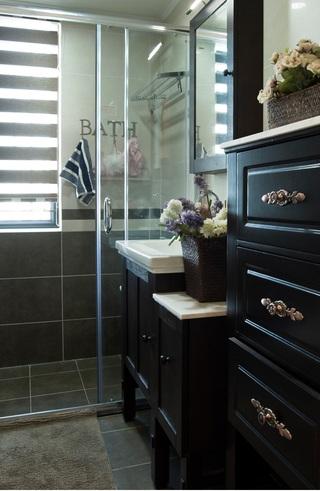 复古美式乡村卫生间黑色洗手台效果图