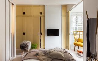 简约北欧风格卧室黄色衣柜装修图片