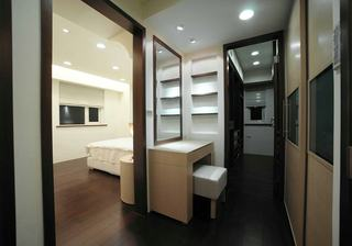 现代设计风格家居玄关装饰图
