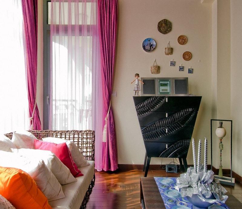 柔情玫红色东南亚设计装修窗帘效果图