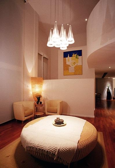 简洁温馨简约风格复式室内灯饰效果图