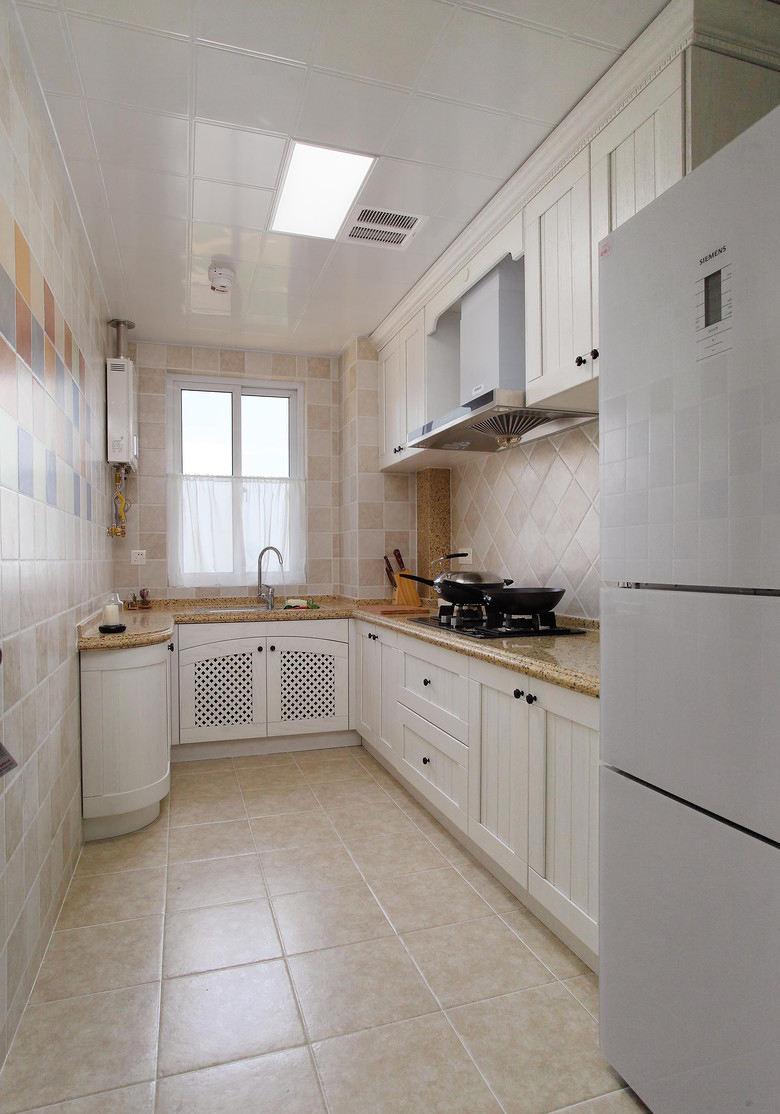 唯美美式风格厨房集成吊顶效果图