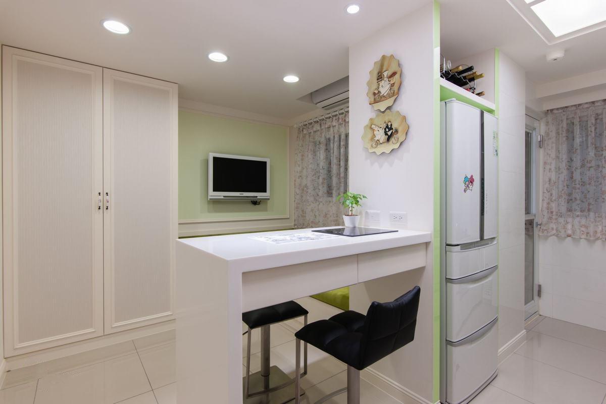 清新简约现代风格家居吧台装饰效果图