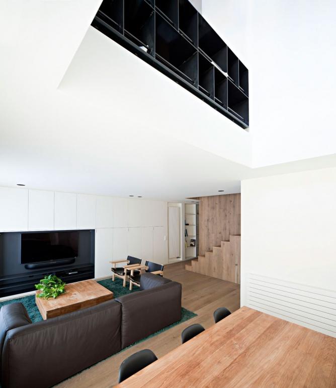 实木现代设计装修复式楼样板欣赏图