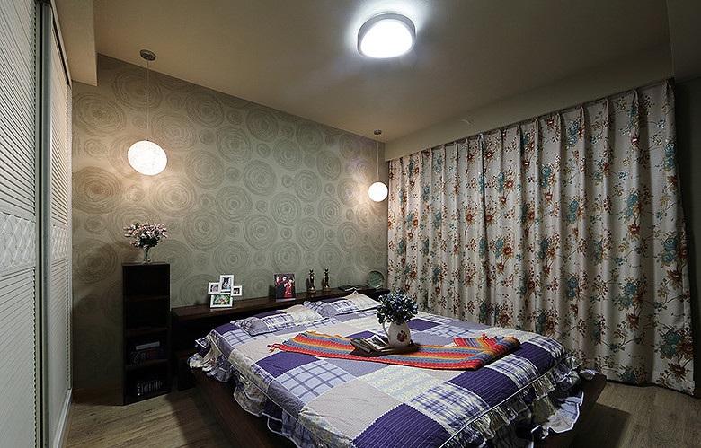 素雅别致现代风格卧室窗帘装饰效果图