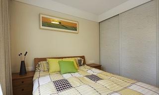 浅黄色简约风格卧室背景墙设计