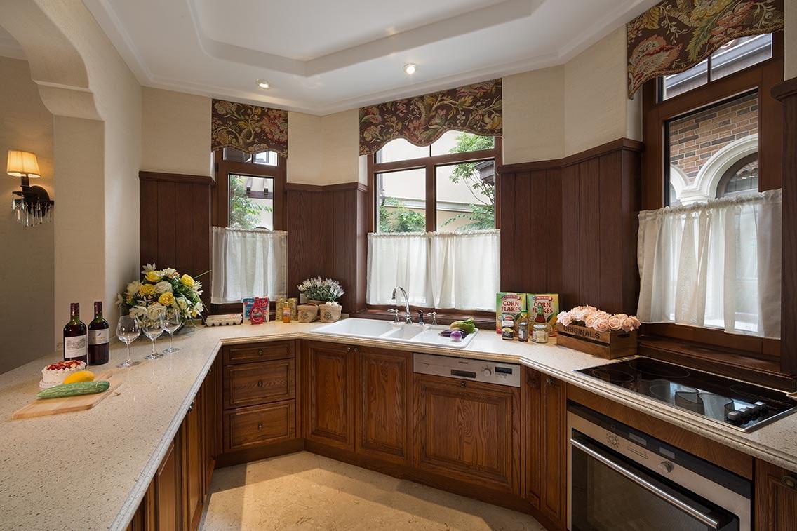 粗犷大气美式风格厨房装修效果图