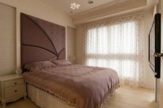 优雅藕紫色新古典风格卧室软包背景墙装饰