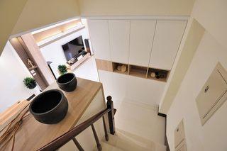 清爽简约装饰复式楼梯整体柜设计效果图