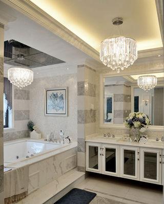 精致豪华新古典卫生间水晶吊灯装饰图