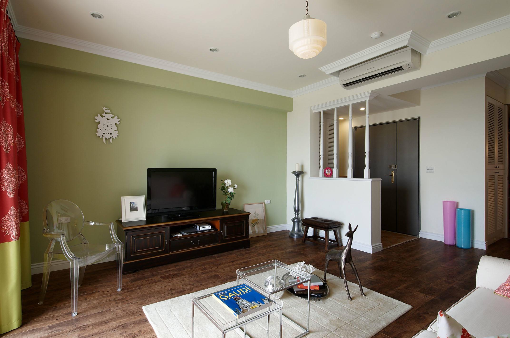 绿色清新简约宜家客厅设计装修效果图