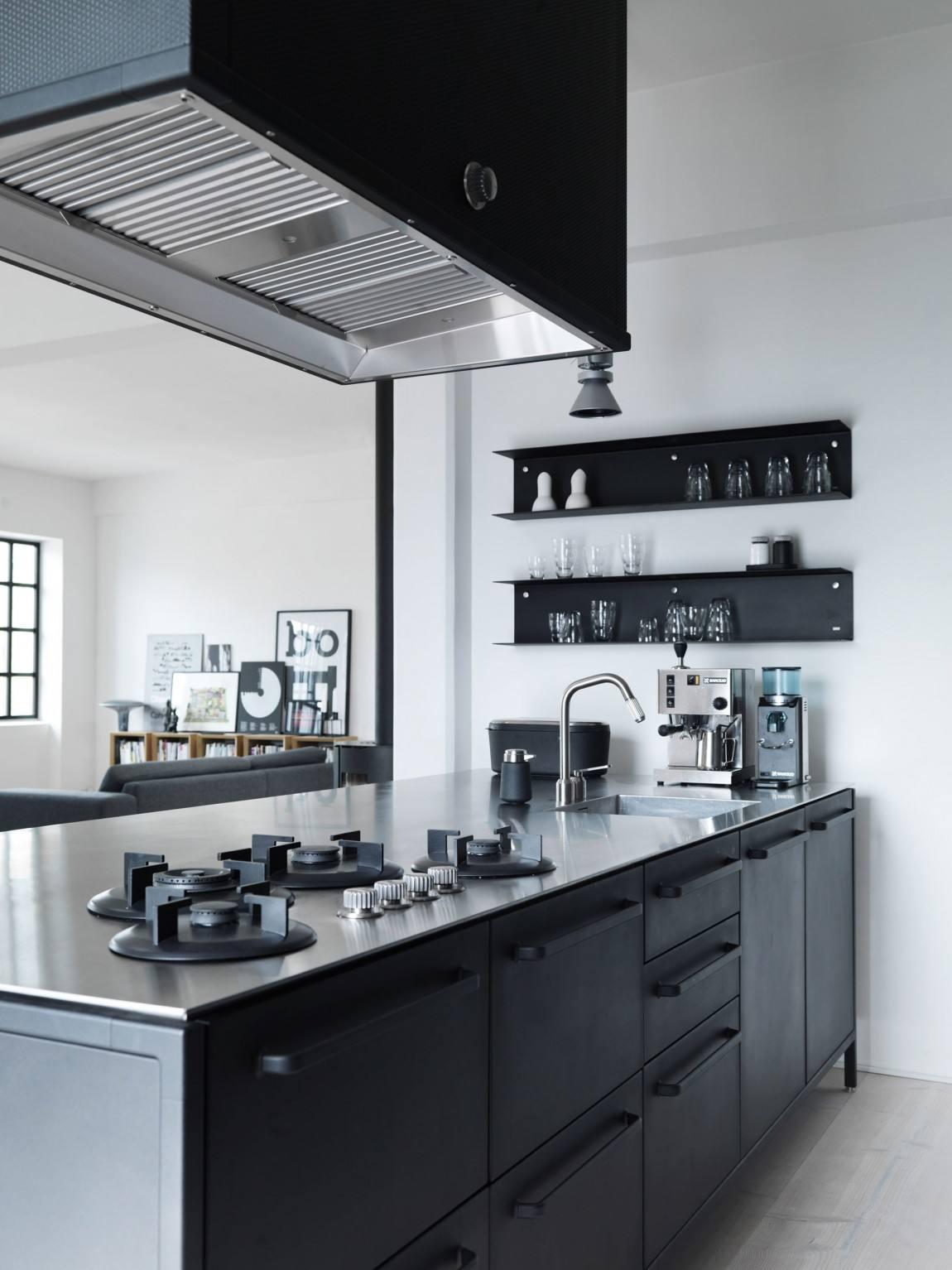 高端北欧小厨房整体灶台柜设计装修欣赏图