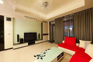 简约时尚现代客厅红色沙发垫装饰图
