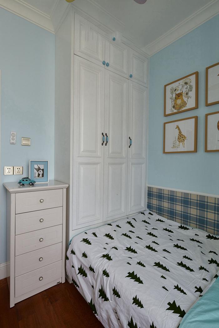 淡蓝色小清新简约北欧风卧室设计效果图片