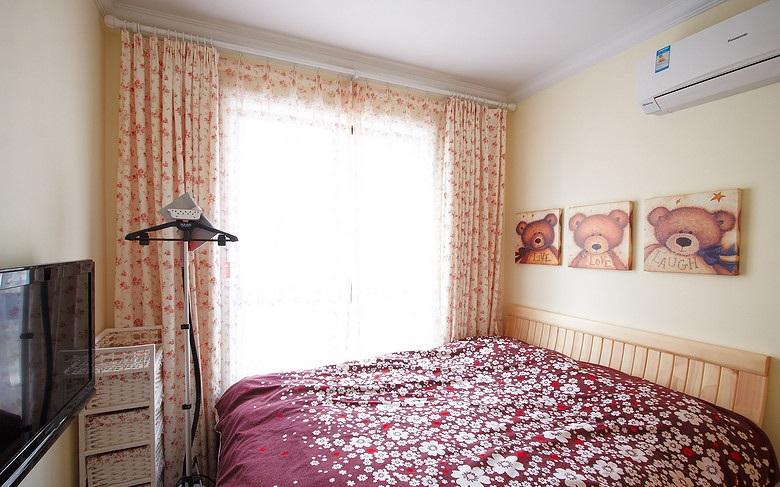 精美田园风格卧室窗帘装饰效果图