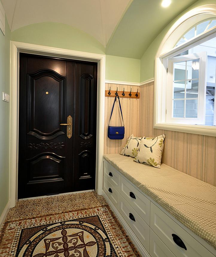 休闲美式三居入户玄关收纳凳设计装潢案例图