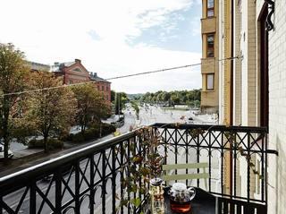 摩登北欧风格铁艺栏杆景观阳台设计图