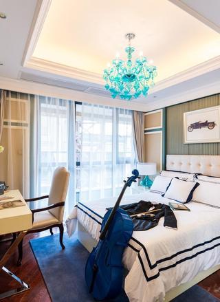 法式田园卧室蓝色吊灯装饰图
