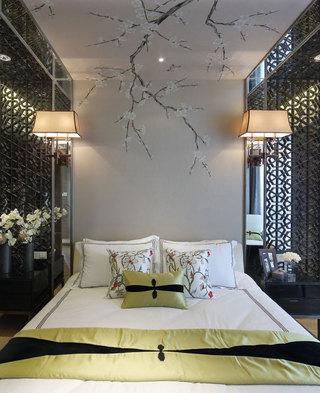浪漫典雅新中式卧室梅花背景墙设计