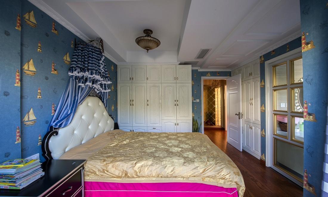 蓝色欧式风格儿童房白色衣柜配置效果图