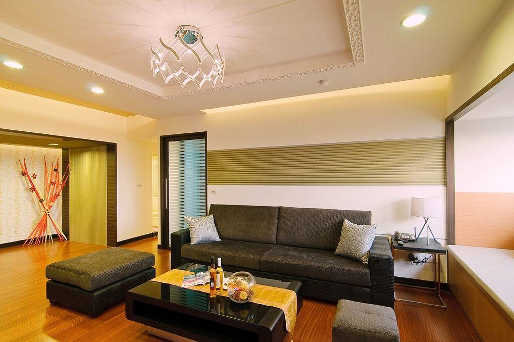 色彩明亮简约中式风格二居客厅设计装修图
