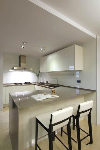 精简别致现代风格厨房吧台设计图