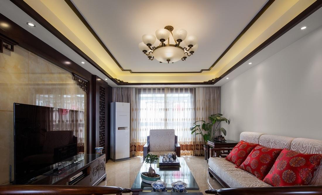 含蓄典雅简中式风格客厅吊顶设计图