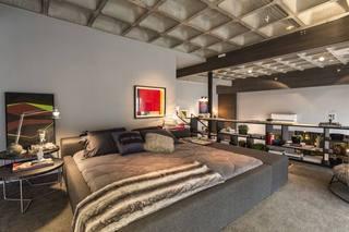 灰色摩登后现代风格卧室吊顶效果图