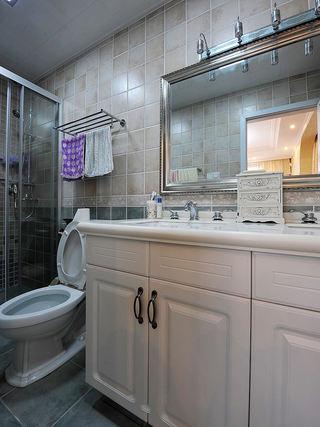 现代简约设计卫生间效果图