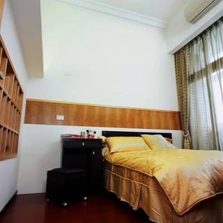 温馨简约新中式卧室床头装饰设计
