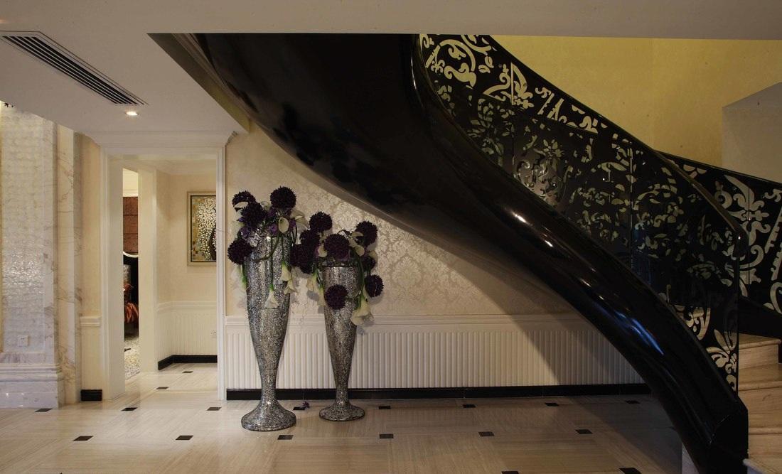 黑色个性摩登欧式旋转楼梯设计