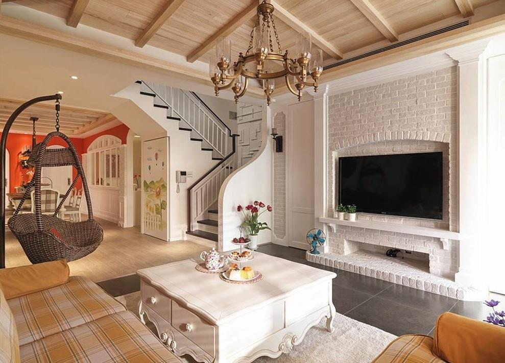 多元化简欧复式客厅电视石灰背景墙装修效果图
