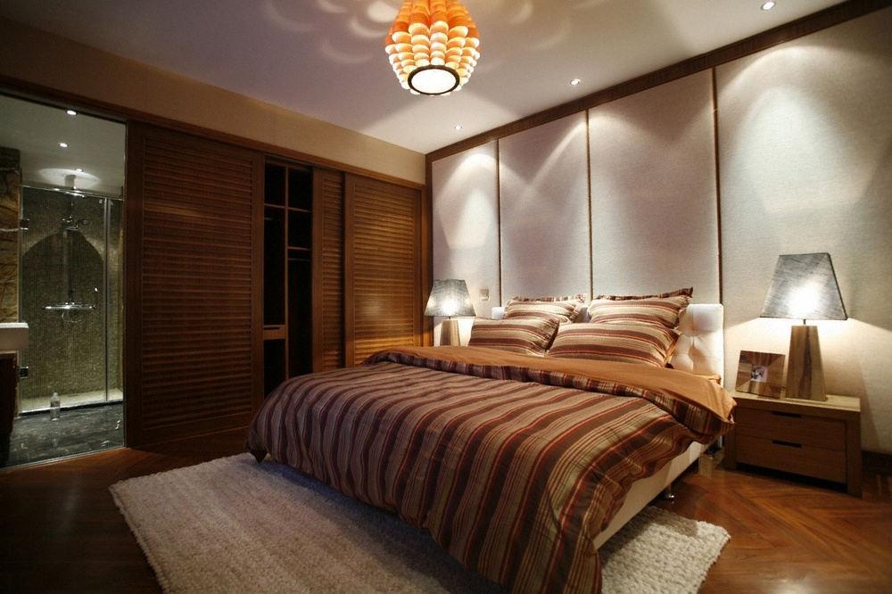 静谧稳重东南亚装饰风格主卧室移门衣柜案例图