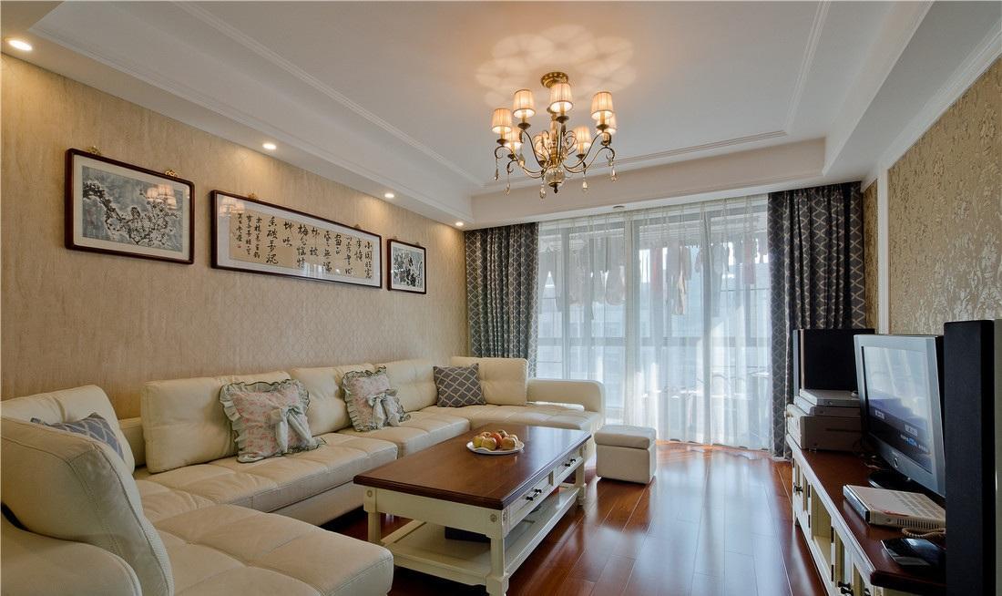 温馨简约欧式客厅浅黄色背景墙布置装饰