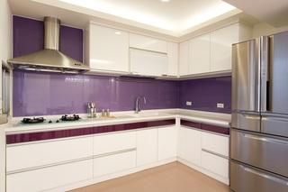 浪漫现代简约设计厨房紫色背景墙效果图