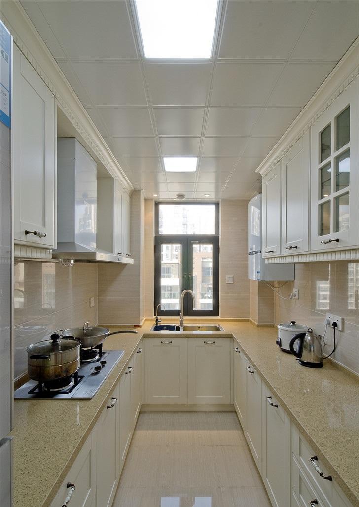 时尚简约欧式U型厨房橱柜效果图