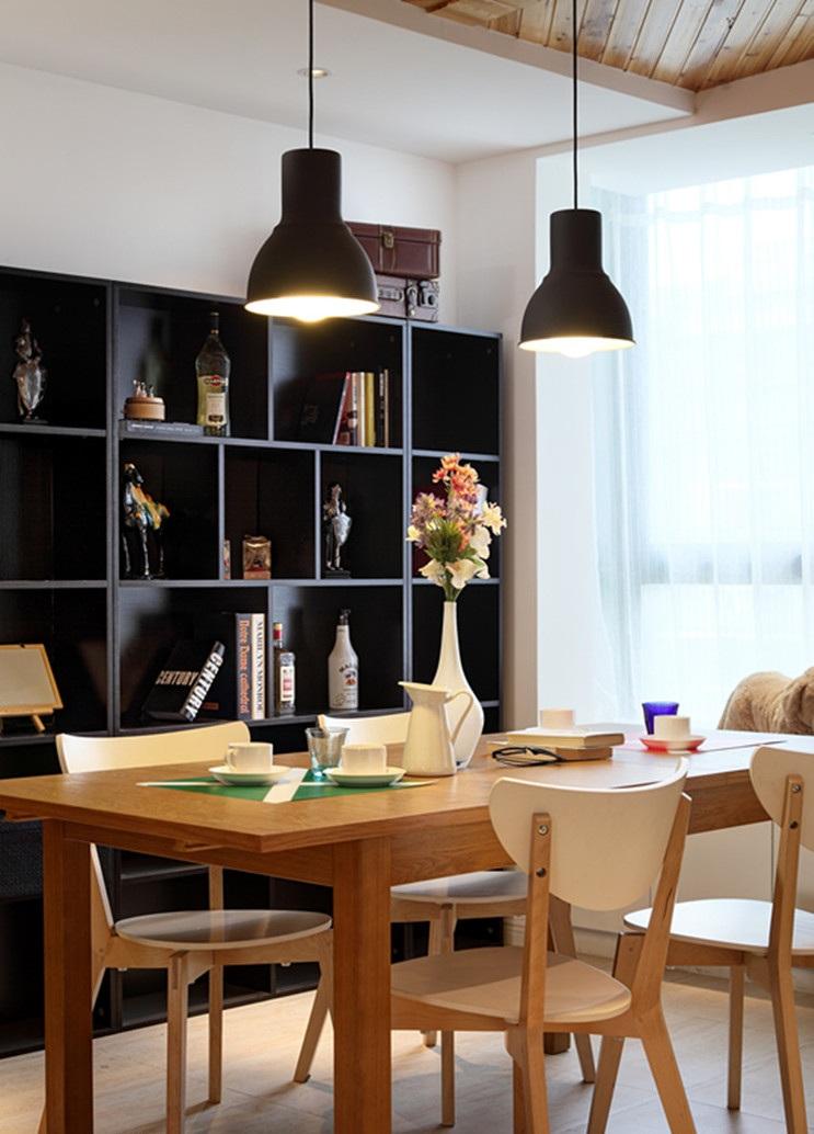 简约北欧餐厅欧原木餐桌效果图