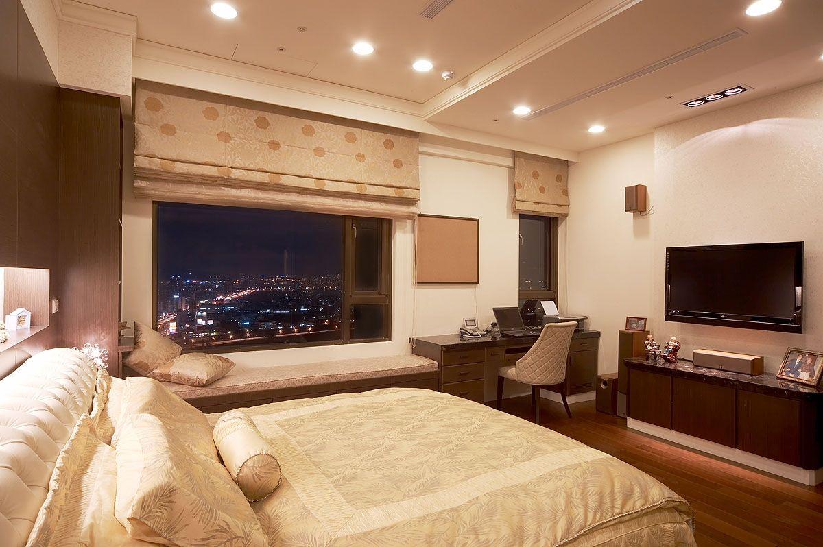 现代华丽装修风格卧室飘窗设计效果图
