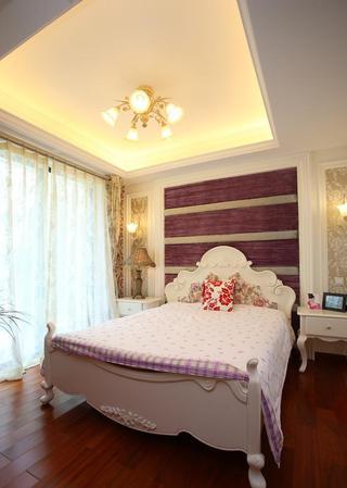 复古温馨简欧卧室背景墙效果图