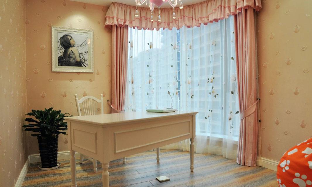 粉色甜美欧式儿童书房窗帘设计