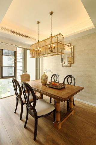 优雅复古美式风格餐厅吊顶设计图片
