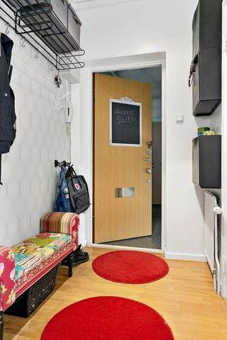 红色现代小户型公寓家装效果图