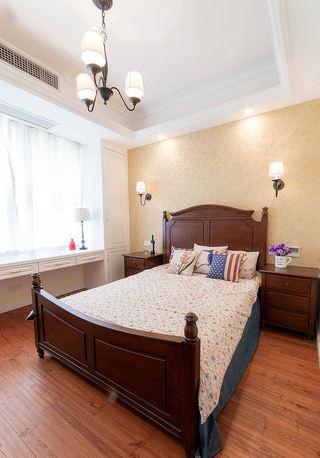 怀旧美式风格卧室高背床装饰图片