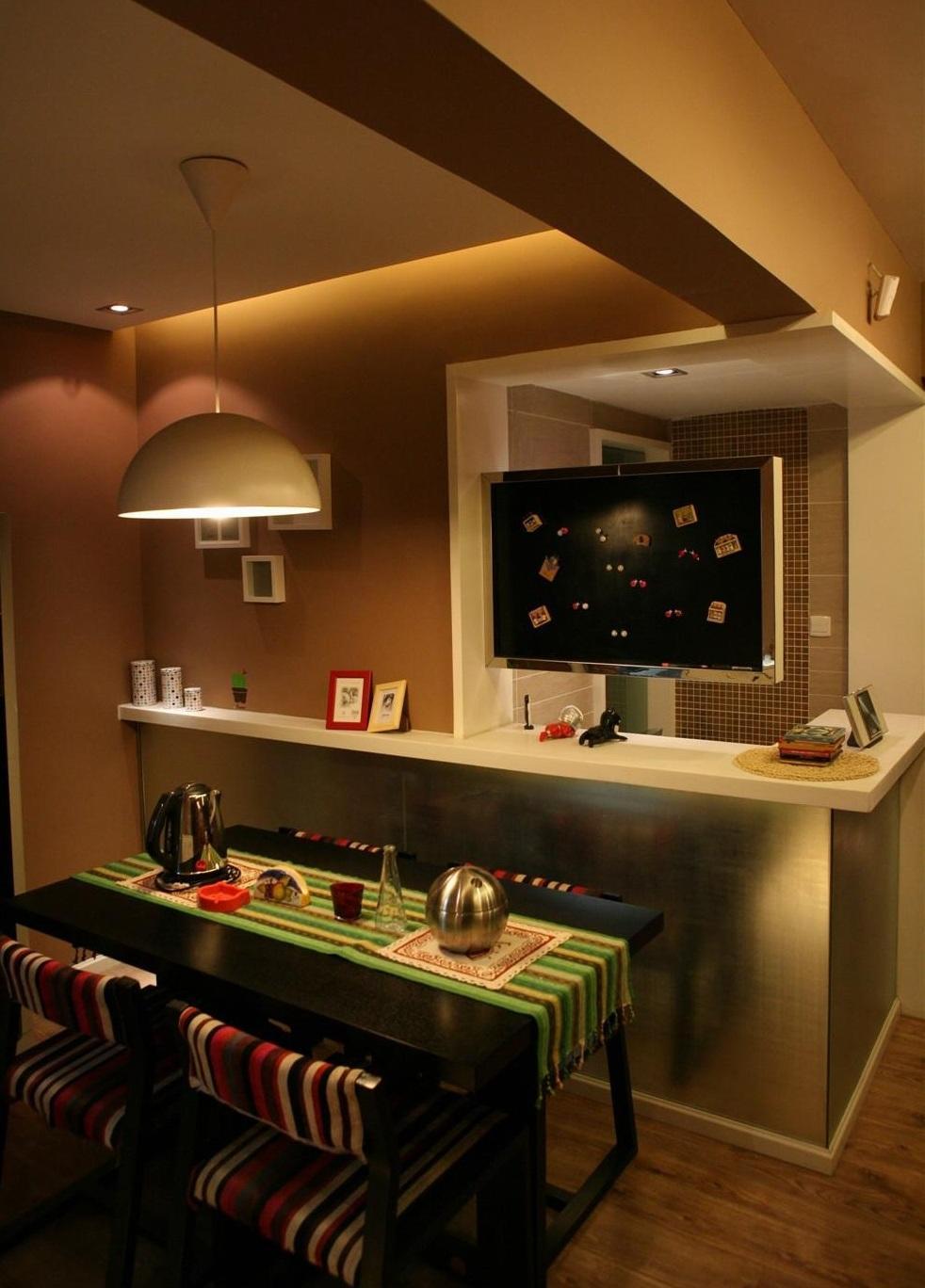 现代简约小户型餐厅吧台效果图