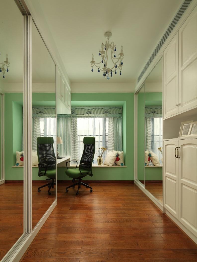 美式风格别墅室内书房飘窗设计图片