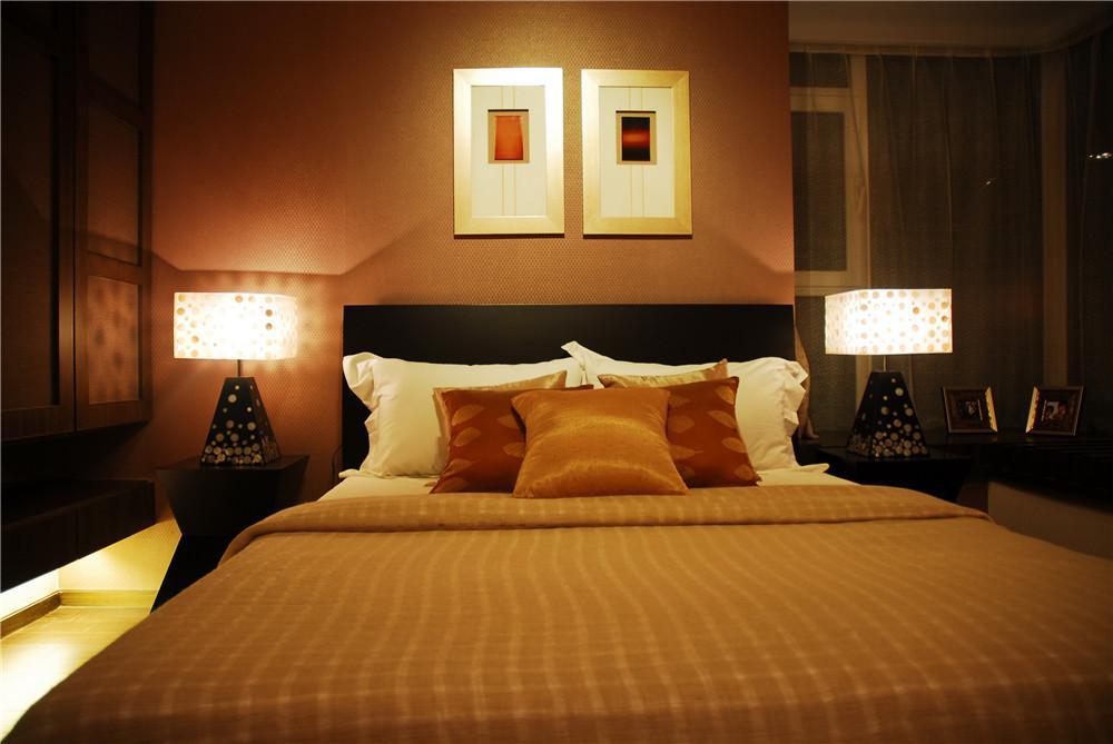 静谧东南亚风格设计卧室台灯装饰效果图片